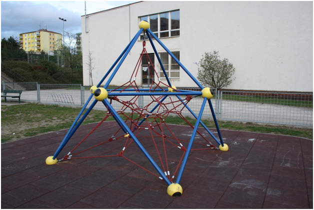 Maintaining your climbing frame